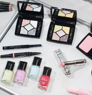 $25 Reward Card with Every $200 You Spend on Beauty Purchase @ Bloomingdales