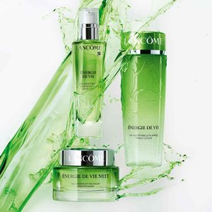Free Gift (Up to a $229 Value) With Lancôme Energie de Vie Collection Purchase @ Lord & Taylor