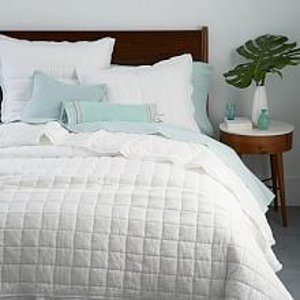 40% Off Quilts + Coverlets | west elm