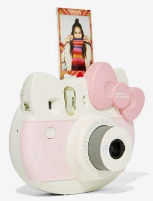 $62.40 Fujifilm Instax Mini Hello Kitty Camera