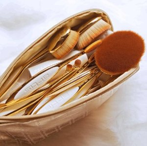 30% Off Artis Makeup Brush @ anthropologie