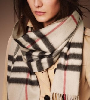 Only $299Burberry Cashmere Scarves@JomaShop Dealmoon Doubles Day Exclusives!