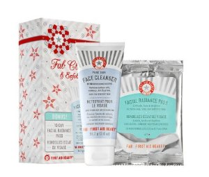 $8 First Aid Beauty FAB Cleanse & Exfoliate Kit @ Sephora.com