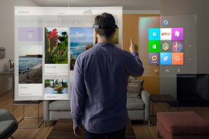 $3,000Microsoft HoloLens now available to non-devs in US and Canada