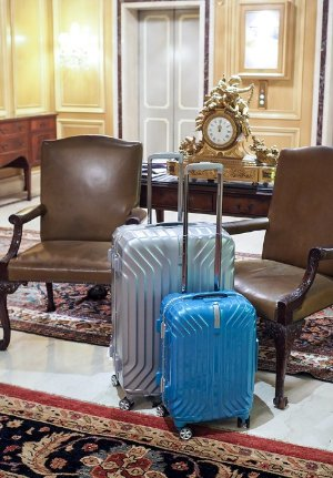 Dealmoon Exclusive: Up to 50% Off+Free Shipping on Select Samsonite & American Tourister Luggage @ JS Trunk & Co