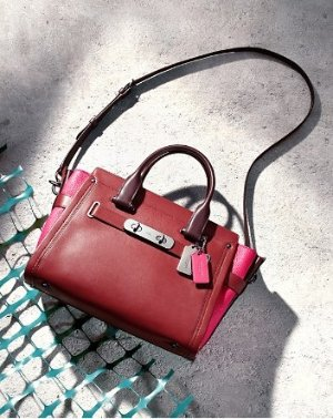 Up to 30% Off+Extra 25% Off Coach Handbags @ Bloomingdales