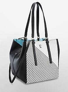 Extra 40 % Off Select Handbag and Wallets @ Calvin Klein