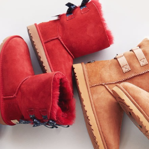 Up to 63% OffSelect UGG Boots @ Hautelook