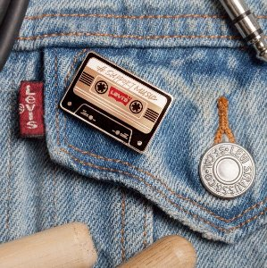 Get 20% Off 2 Items Or 30% Off 3+ ItemsWith Any Order @ Levi's