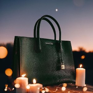 $25 Off Every $100 Spend On MICHAEL Michael Kors Handbags @ Bloomingdales