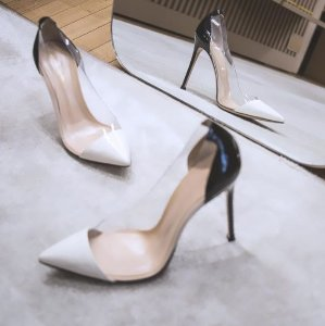 30% Off GIANVITO ROSSI Shoes On Sale @ Farfetch