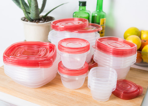 $7.69 Rubbermaid 40 Piece Food Storage Takealongs Set, Racer Red