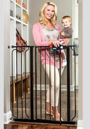 $36.98 Regalo Deluxe Easy Step Extra Tall Gate, Black