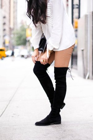 Extra 25% Off Stuart Weitzman Over The Knee Boots Sale @ Bloomingdales