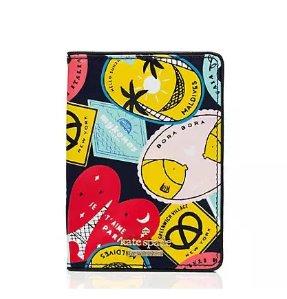 $40.5(reg.$78.00) kate spade classic nylon passport holder