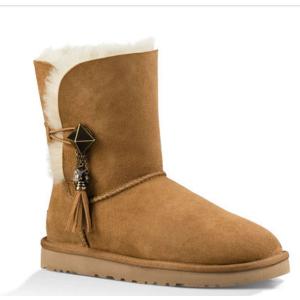 UGG® Official | Women's Lilou Sheepskin Boots | UGG.com