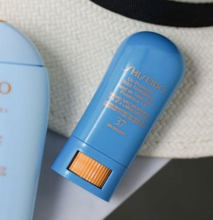 $22.4 UV Protective Stick Foundation @ Shiseido