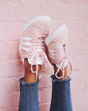$79.99Women's adidas Gazelle Casual Shoes @ FinishLine.com