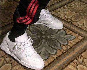 除了侃爷的新鞋外 大家更想入的是这条裤子!adidas x YEEZY