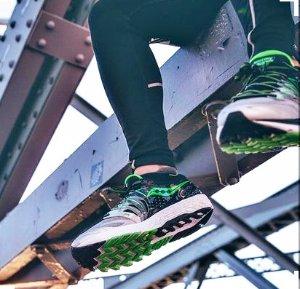 $54.29 Saucony Women's Hurricane ISO 2 Road Running Shoe