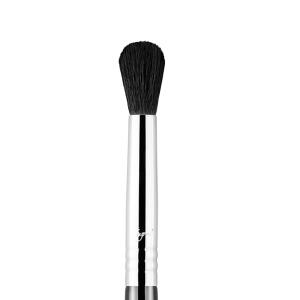 E38 - Diffused Crease™ Brush   Sigma Beauty