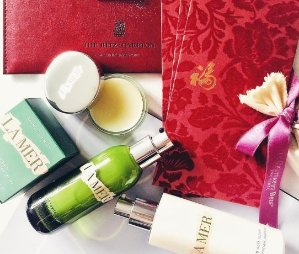 Free duo deluxe sampleWith any $150 purchase  @ La Mer