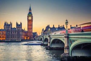 往返$379起美国往返伦敦机票特价 (含17年暑假时间)