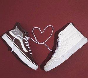 Pop-In! As Low As $54.95 Vans Sneaker Sale @Nordstrom