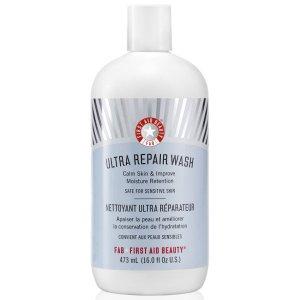 First Aid Beauty Ultra Repair Wash (473ml) |