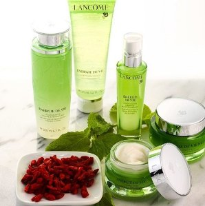 Up to $200 Off Lancome Beauty Purchase @ Bergdorf Goodman