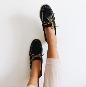 Take 30-50% OffSelect Items @ Sperry