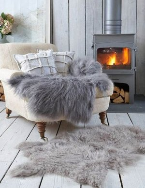 Dealmoon Exclusive! £35 (reg £120) on Royal Dream Sheepskin Rugs @ The Hut