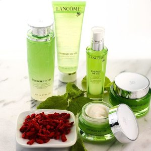 15% Off + 10 Samples Energie De Vie @ Lancôme