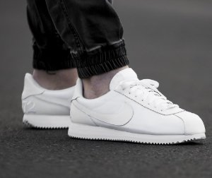 $31.98 NIKE CORTEZ BASIC LEATHER MEN'S SHOE @ Nike Store