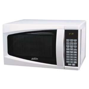 Sunbeam 0.7 Cu. Ft. Digital Microwave Oven, white