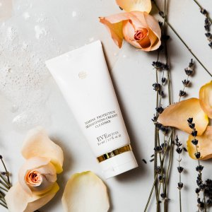 Only $39.9 (Value $68) NowBrightening Creamy Cleanser @ Eve By Eve's