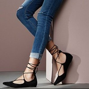 Extra 20% Off Steve Madden Lace-up Flats Sale@ Macy's