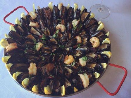 轻轻松松在家自制西班牙海鲜炖饭