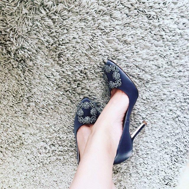mb色女人_每个女人鞋柜里都会有一双mb.
