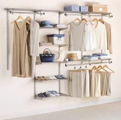 Rubbermaid Configurations 4-8' Deluxe Custom Closet Kit, Titanium