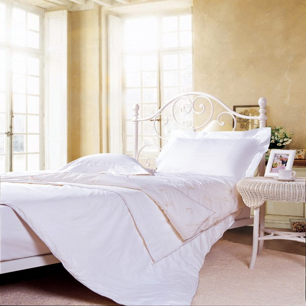 SILK & WOOL Two-In-One Comforter