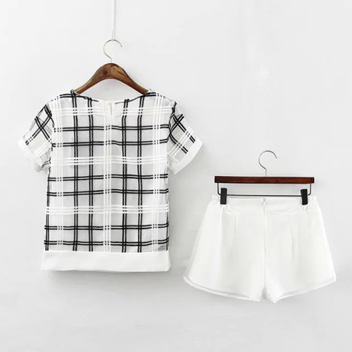 Checked Short Sleeve T-Shirt and White Shorts Suit