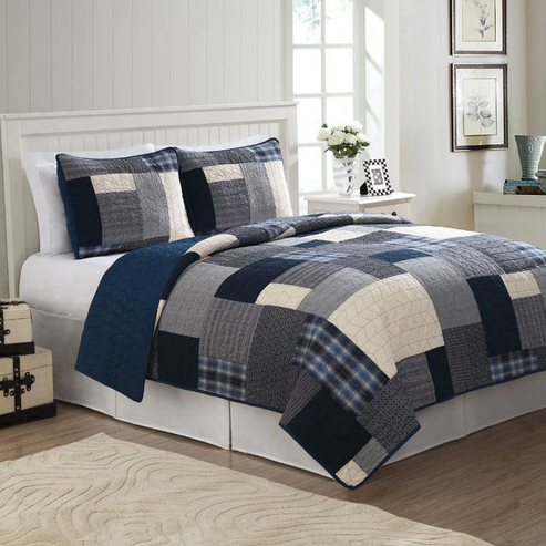 American Traditions Quilt Set