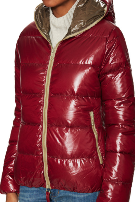 Up to 62% Off Duvetica, Moncler & More Sleek Puffers On Sale @ Gilt