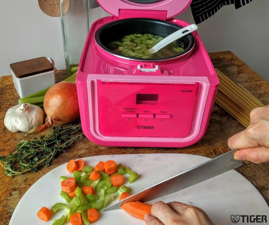 TIGER Electric Rice Cooker/Warmer 3 Cups Pink