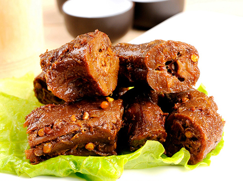 CHUNWEI KITCHEN Cooked Spicy Brined Duck Neck 400g