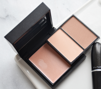 MAC All the Right Angles Contour Palette