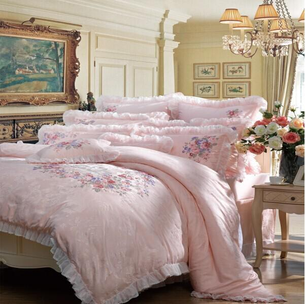 4-Piece Bedding Set / Forever Love