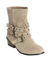 30% OFFJuniors' Boots and Jackets @ Wet Seal