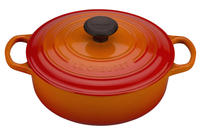$150Le Creuset 3 1/2 qt. Round Wide French Oven + free Jam Set